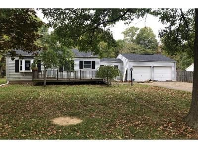 2 Bed 1 Bath Preforeclosure Property in Clinton, OH 44216 - Pepperidge Rd