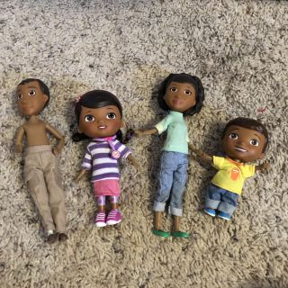 Doc McStuffins family dolls, GUC. Don t know where Dad s shirt is