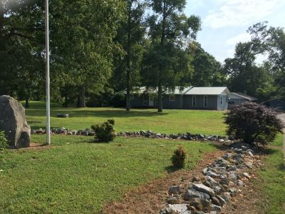 Ranch home with 2 Garages & 1 Storage Bldg./NO PETS! (15mins to town or Post)