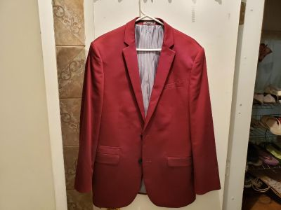 Like New! Express Burgundy Men Fitted Suit.