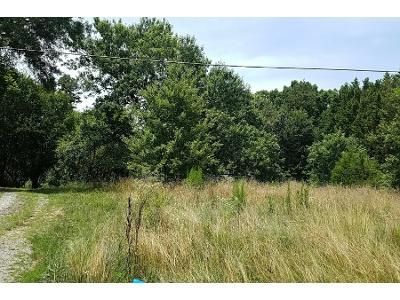 3 Bed 2.0 Bath Preforeclosure Property in Mooresboro, NC 28114 - Goode Rd