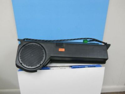 Sell 2009 13 Mercedes R350 Rear Subwoofer Box with Speaker A251 820 06 02 motorcycle in Booneville, Mississippi, United States, for US $59.95
