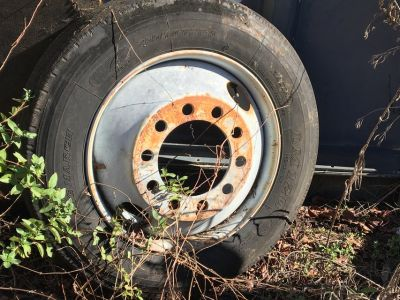 Tractor Trailer Tire and Rim