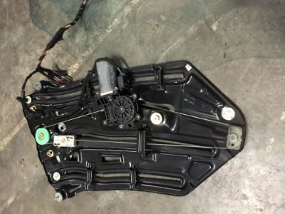 Sell BMW E46 M3 330CI 325CI CONVERTIBLE DRIVER LEFT REAR WINDOW REGULATOR MOTOR motorcycle in New Port Richey, Florida, United States, for US $82.99