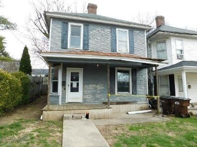 3 Bed 2 Bath Foreclosure Property in Mount Sterling, KY 40353 - S Sycamore St