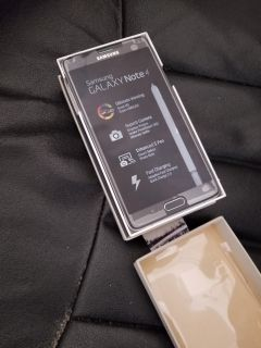 Samsung galaxy note 4 unlocked with accessories