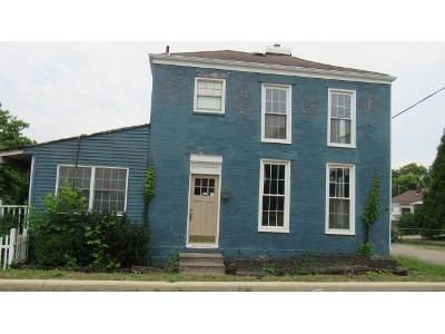 2 Bed 2 Bath Foreclosure Property in Richmond, OH 43944 - W Main St
