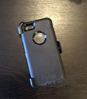 iPhone 6 Otterbox and Clip