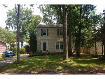 3 Bed 2 Bath Preforeclosure Property in Millville, NJ 08332 - Pineview Ter