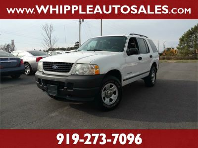 2004 Ford Explorer XLS (white)