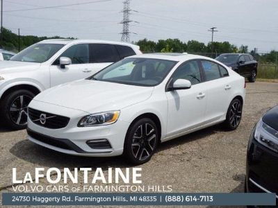 2018 Volvo S60 T5 Dynamic (Ice White)