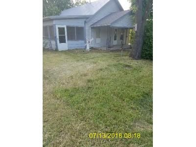 3 Bed 1.5 Bath Foreclosure Property in Lowry City, MO 64763 - S Taylor St