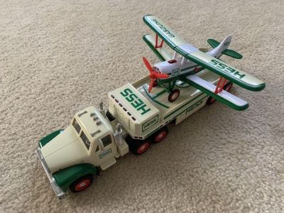 Hess 2002 Truck and Plane