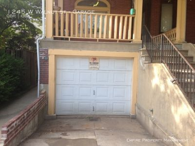Garage and Workshop for rent