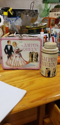 Vintage BARBIE CAMPUS QUEEN LUNCH BOX AND THERMOS NO LID FROM 1967