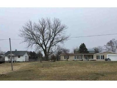 4 Bed 2 Bath Foreclosure Property in Columbia, MO 65202 - N Boothe Ln