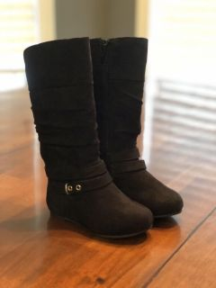 Size 5 toddler girl s black boots