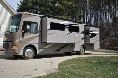2014 Winnebago Vista WFE35B