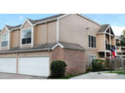 Woodlake Oaks Apartments - B2