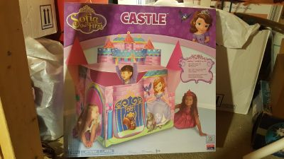 NEW Sofia the first play tent