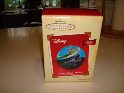 2003 HALLMARK KEEPSAKE ORNAMENT FLYING OVER LONDON Walt Disney's Peter