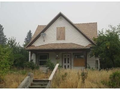 4 Bed 2 Bath Foreclosure Property in Spokane, WA 99207 - E Crown Ave