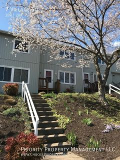 Beautifully Finished 2 Bed 1.5 Bath Townhome