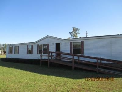 4 Bed 2 Bath Foreclosure Property in Whiteville, NC 28472 - Lancelot Ln