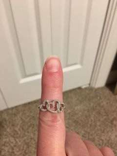 Heart Ring with Diamond Accents. 1/10 ct tw. Sterling Silver. Size 7. New, Never Worn. Perfect for Valentine s Day