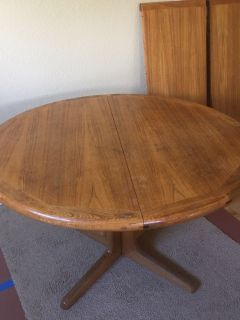 Beautiful Teak Wood Table with Two Leaves