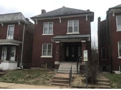 3 Bed 1.5 Bath Foreclosure Property in Saint Louis, MO 63115 - Farlin Ave
