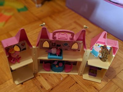 Peppa Pig Playset with Accessories