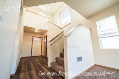3 Bedroom 2.5 Bath Town Home For Rent