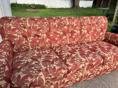 Lane brand funky couch