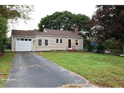 2 Bed 1 Bath Foreclosure Property in Waterford, CT 06385 - Stone St