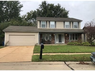 4 Bed 3 Bath Preforeclosure Property in Florissant, MO 63034 - Hounds Hill Dr