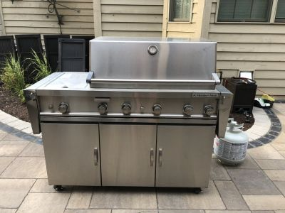 33 stainless steel propane grill
