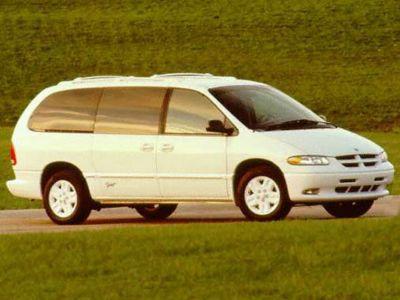 1996 Dodge Grand Caravan LE ()