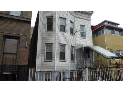 Foreclosure Property in Bronx, NY 10472 - Leland Ave