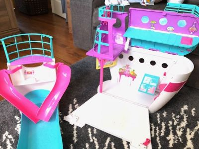 Barbie Sisters Cruise Ship Playset