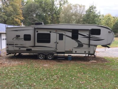 2012 Keystone Cougar 4 Seasons by High Country 299RKS