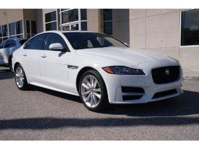 2016 Jaguar XF 35t R-Sport (Polaris White)