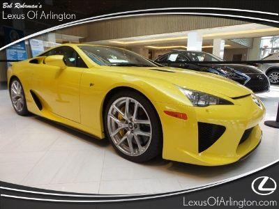 2012 Lexus LFA Base (Pearl Yellow)
