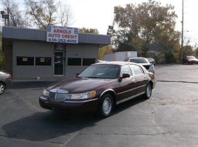 2001 Lincoln Town Car @ $1000 DOWN 4dr Sdn Executive