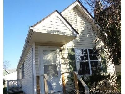 2 Bed 2 Bath Foreclosure Property in New Albany, IN 47150 - Center St