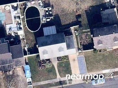 1 Bath Preforeclosure Property in Farmingdale, NY 11735 - Yoakum Ave