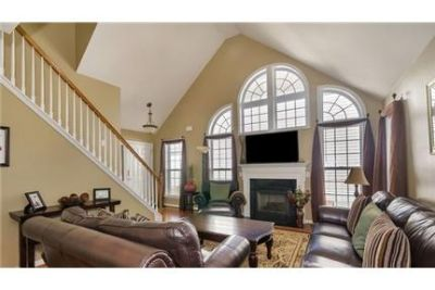 4 bedrooms House - Spacious Redfields home only minutes to UVa, Darden.