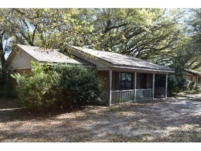 2 Bed 2 Bath Foreclosure Property in Pensacola, FL 32514 - Vera Ln