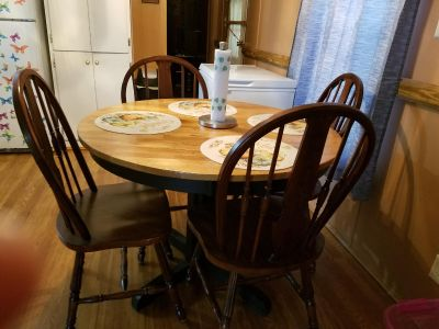 Kitchen table chairs good shape just dont use it. Must pic up wrightsboro area