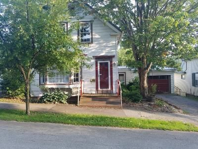 2 Bed 1.5 Bath Preforeclosure Property in Bangor, ME 04401 - Madison St
